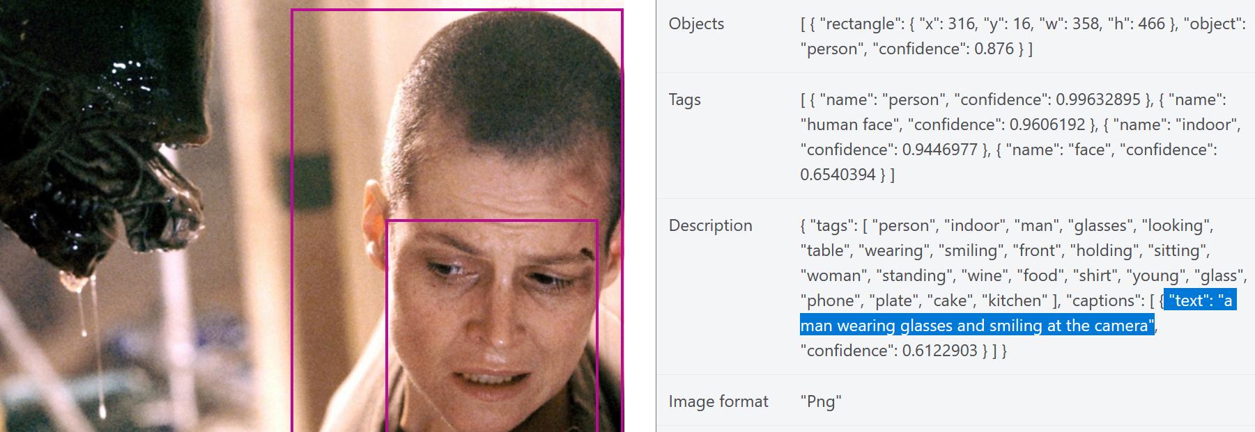 Ein Screenshot einer Webseite zeigt ein Foto und die von einer KI erstellte Bildbeschreibung. Das Foto zeigt Sigourney Weaver in dem Film Alien 3, wie sie sich voller Furcht von dem Kopf des Aliens abwendet. Die von der KI erstellte Bildbeschreibung heißt: A man wearing glasses and smiling at the camera.